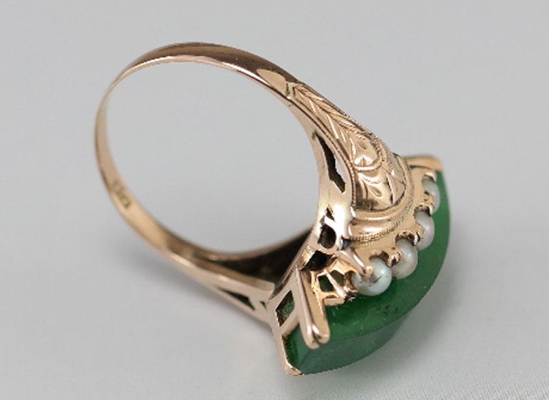 Gouden ring met jade steen en pareltjes   Antieke Sieraden   Kroone  u0026 Co