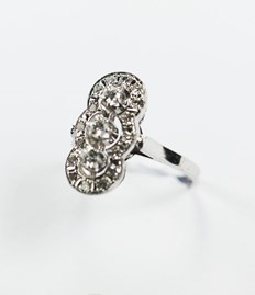 Art Deco ring met diamant
